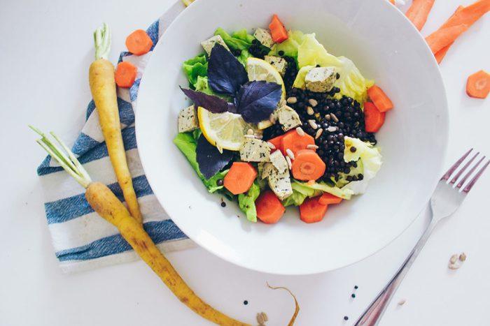 linsensalat-belugalinsen-salat-vegan-1024x684