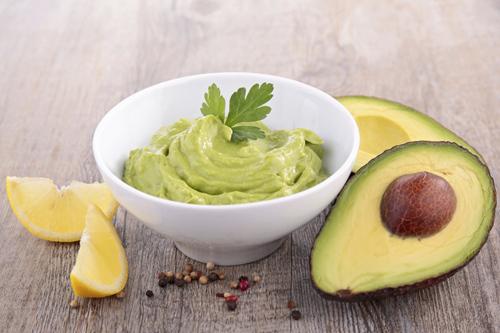 avocado-mayonnaise-roh-vegan-hippokrates.jpg
